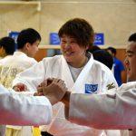 杉本美香が津山市の高校で講演と部活指導。「意識を少し変えるだけで未来は変わる」