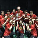 ユーバー杯で日本が37年ぶりの優勝、世界一!髙橋礼華主将がカップを掲げました!